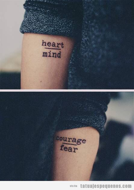 Tatuaje pequeño, corazón y mente, miedo y coraje