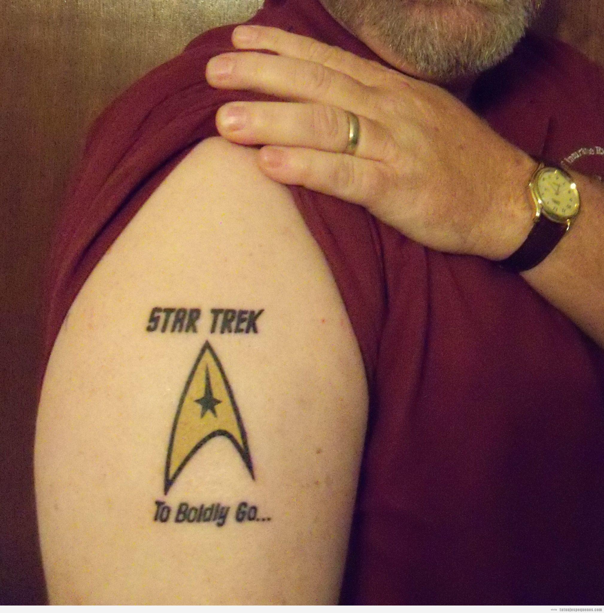 40 Tatuajes pequeños para hombres • Tatuajes pequeños