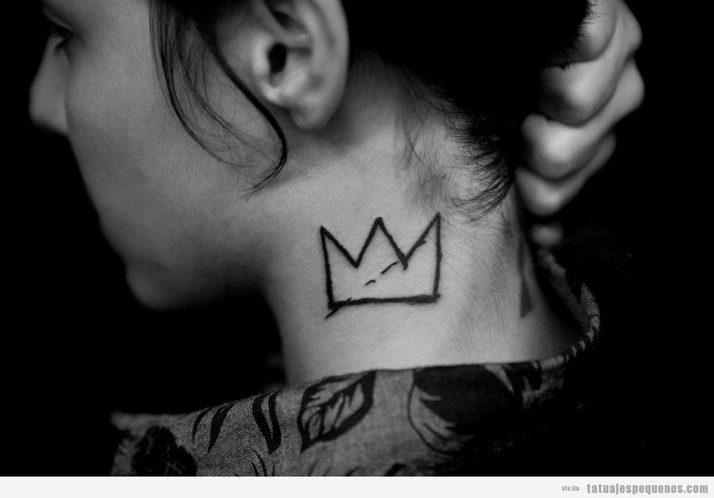 Tatuajes minimalistas corona Kevin Bang Bang Forever NY