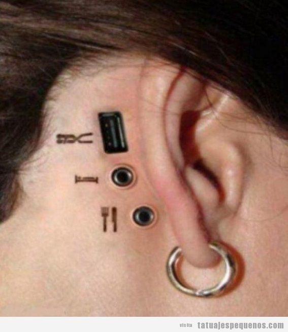 Tatuajes pequeños y espeluznantes o creepy, conectores jack y usb