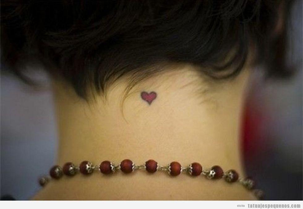 Tatuajes minis y pequeños de corazones para hombre, mujer y parejas