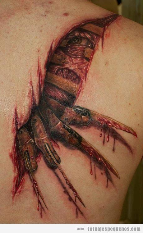 Tatuajes pequeños y espeluznantes o creepy, zarpazos