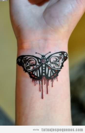 Tatuajes pequeños y espeluznantes o creepy, mariposa