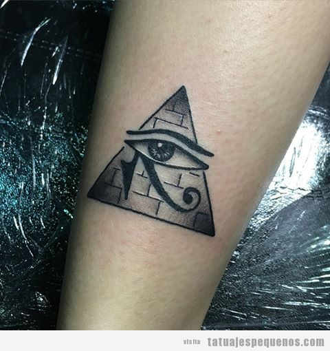 Tatuajes pequeños hombre y mujer antiguo Egipto, ojo de Horus