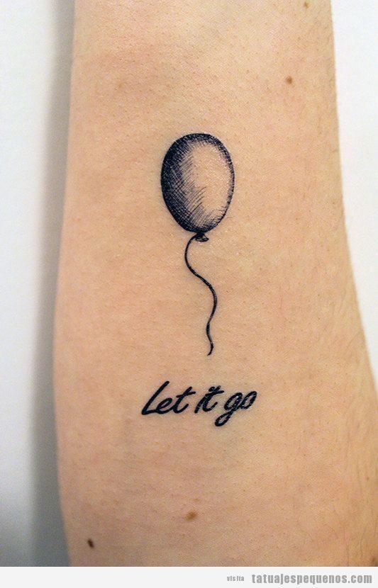 Tatuajes pequeños globo para mujer y hombre en antebrazo 2