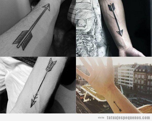 Tatuajes pequeños en el antebrazo para hombres con flechas