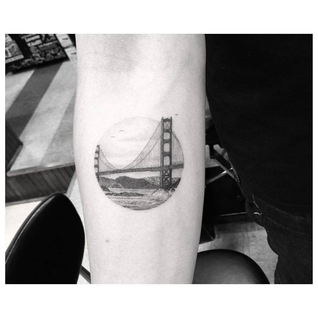 Tatuaje pequeño original hombre 18