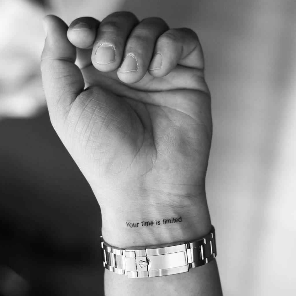 Tatuaje pequeño original hombre 10
