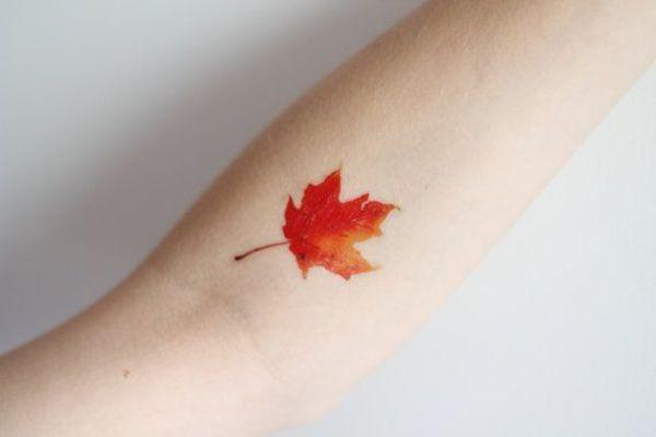 Tatuajes pequeños originales para mujer 7