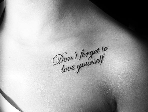 Tatuajes pequeños con frases de amor 5