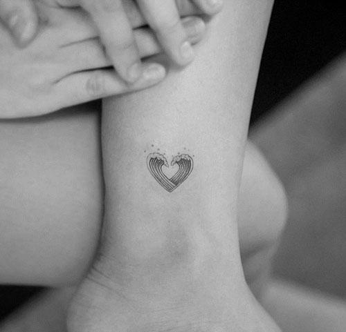 Tatuajes pequeños de amor, corazones