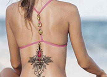 Tatuajes con bikini y con espalda al aire