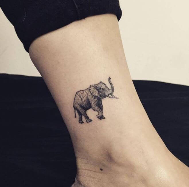 Tatuajes pequeños hombre 2019 elefante