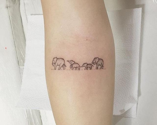 Tatuajes pequeños familia 12
