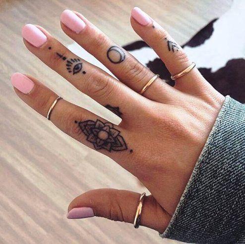 Precio de un tatuaje pequeño en los dedos